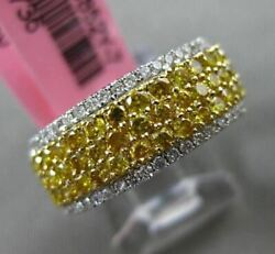 Estate Wide 1.37ct White And Intense Diamond 18kt 2 Tone Gold Classic Wedding Ring