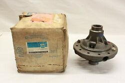 Nos 1970and039s Chevrolet Truck 12 Bolt Rear Differential Case Carrier C/k Gm 329744