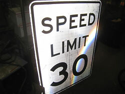 1 Very Large 30 Mph Speed Limit Sign 36x 48   Pick Up Calif