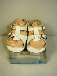 Baby Deer White Leather Infant Baby Sandels ~ Size 2 ~ New