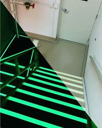 Lot Of 60 Johnsonite Rubber Floor Stair Tread Riser Safe-t First Luminous 4and039 48
