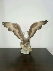 Lladro Figurine Rare 5602 Eagle Freedom Signed Early Production Number 331