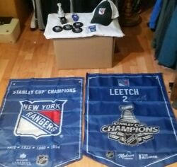 New York Rangers 2 Flags Cap Ring Cup Magnet Painted Beer Bottle Jersey Opener
