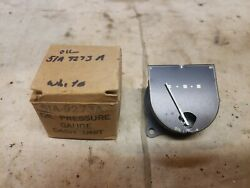Nos 1946 1947 Ford Oil Pressure Gauge White Dots 51a-9273-a
