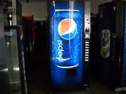 3 Dixie Narco 368-8 Bubble Front Soda Vending Machine Pepsi/coke W/bill Accepter