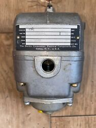 Lycoming Continental Aircraft Magneto S6ln-204 10-209350-1 New Old Stock Bendix