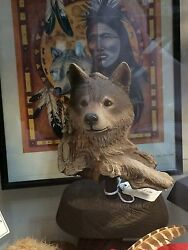 Rick Cain Limited Edition Waiting Wolf 1593/2000 Carved Wolf