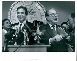 1993 Xavier Suarez Steve Clark Mayor Miami Fl Ceremony City Hall Photo 8X10