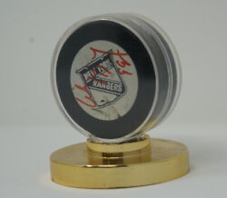 Wayne Gretzky Used And Autographed New York Rangers Warm Up Hockey Puck
