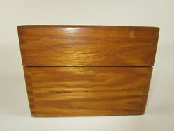 Simple Vtg Wood Recipe Box Dovetail Corners 3 X 5 Index Cards Full Of Recipes