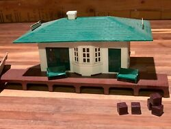 Vintage Plasticville Passenger Station Kit W/ Benches And Freight, Grade Crossing