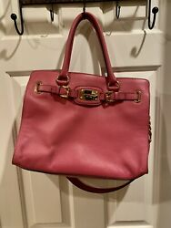 Hamilton Pink Handbag Woth Gold Hardware, In Great Condition