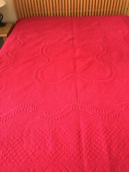 Scarlet New Hand Quilted Trapunto King Size 100 Percent Cotton Quilt / Bedspread