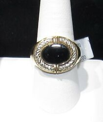 Bill Blass Man's 10kt. Gold And Onyx Designer Ring Size 10 - Estate Clearance
