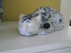 """Porcelain Sleeping Cat White with Blue Flowers 9"""" Long NOS in Original Box"""