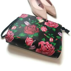 Betsey johnson cosmetic Floral Wristlet NWTS $29.90