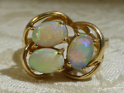 Contemporary Design 18ct Gold Intense Fire Opal 2.25ct Cabachon Trilogy Ring Box