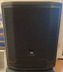 Jbl Prx 715 Xlf Subwoofer 15in. With Sub Pole For Mounting Top Speaker