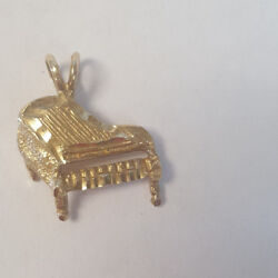 Beautiful 10kt Yellow Gold Designer Pl Etched Textured Piano Pendant Charm
