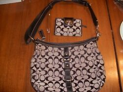 2 PC. BLACK LARGE SIGNATURE CROSSBODY COACH PURSE AND MATCHING BIFOLD WALLET SIL $99.99