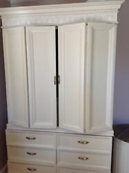 Century Furniture Company Queen Size 7pcs Bedroom Set White Preowned Local Pickandnbsp