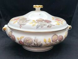 Wedgwood Lichfield Pattern W4156 Covered Vegetable Round Serving Bowl With Lid