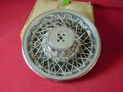 Nos 1980 81 82 83 Oldsmobile Delta 88 And 98 Wire Hubcap Brand New 22509529