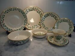 Lenox Holiday 6 Place Settings 48 Pieces Total