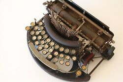 Antique Collectable - Imperial B Typewriter