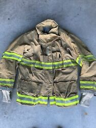 Firefighter Globe Turnout Bunker Coat 47x32 G-xtreme 2008 No Cut Out