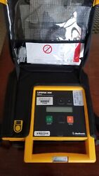 Medtronic Lifepak 500 Biphasic Aed W/ Carry Case Patient Ready