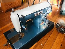 Vintage Universal Zig Zag Sewing Machine Turquoise As Is