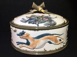 Antique Wedgwood Majolica Game Pie Dish Tureen With Hunting Scenes - Dogs And Game