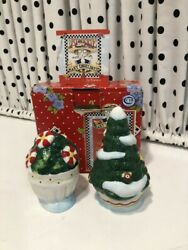 Mary Engelbreit Home Sweet Home Christmas Salt And Pepper Shakers  2000