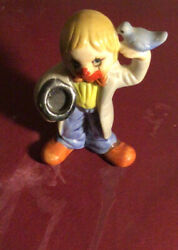 Eneco Small 3 Clown With A Blue Bird In One Hand And Hat In The Other