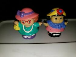 Fisher Price Little People Playing Dress Up Set Of 5