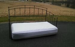 Metal Landp Property Management Day Bed With Mattress