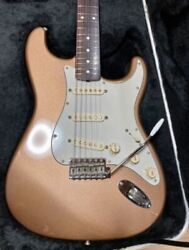 fender Mexico Classic Series 60s Stratocaster Electric Guitar With Hard Case