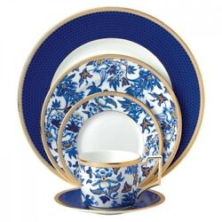 Wedgwood Hibiscus 20 Piece Set, 4 Five Piece Place Setting
