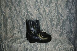 Cold Weather Mickey Mouse Boots Bata Size 8 Wide