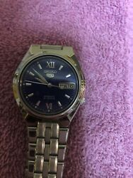Seiko 7s26-01to Automatic Wristwatch. 37mm Day-date. Blue Dial.