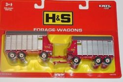 Nip 1/64 Ertl Hands Extra Capacity Twin Auger Forage Wagons