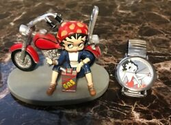 Lot Of 2 Items Betty Boop Going My Way Figurine And 2016 Betty Boop Watch
