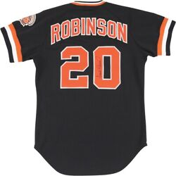 1982 Frank Robinson San Francisco Giants Signed Game Worn Jersey