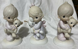 Precious Moments Figurines Lot Of 3 1978 Jesus Loves Me Two Boys One Girl