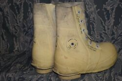 Cold Weather Mickey Mouse Boots Size 7 R