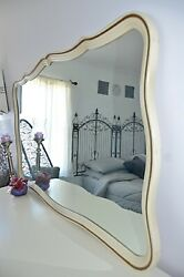 Bedroom Set Dresser French Provincial Nightstands Mirror Vintage Country French
