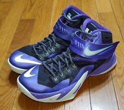Nike Zoom Soldier 8 Summit Lake Hornets Mens Size 9