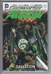 Green Arrow Brightest Day Tpb 2 Rare Softcover Salvation 2013 Oop