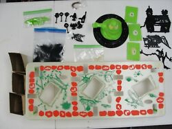 """Vintage Transogram Co. """"green Ghost Game"""" - Missing 3 Of 8 Luminous Dividers 99"""
